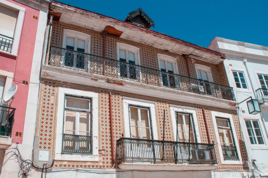 Façades de maisons à Alcobaça